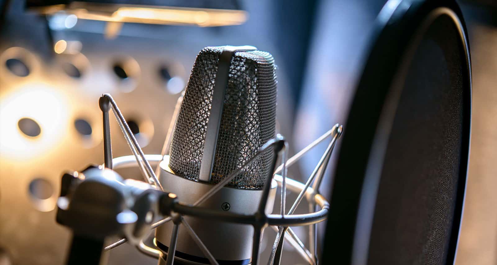 004_Radio